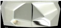 Палладий  Палладий в чистом виде практически не встречается, характерно его соединение с платиной. Особые технологии позволяют эти металлы разделить.  Палладий - это перспективный металл, открытый только в начале 19 века, выделенный английским ученым Уильямом Волластоном, в чистом виде из природной платины, в 1803 году.   Из известных драгоценных металлов - золота, серебра, платины - палладий обычно ставят на последнее место, по причинам объективного характера.  Палладий - серебристо-белый, легкий и прочный металл «платиновой группы» - является самым «молодой» из благородных металлов, используемых для производства ювелирных украшений.   Благородный и редкий металл, обладает красивым белым цветом и отличными потребительскими свойствами.  Металл палладий менее известен широкой публике, и также - реже - используется как основной металл в ювелирных изделиях.   Чаще всего он встречается в различных сплавах - как компонент для приготовления белого золота или особого сплава из палладия. Даже 1% палладия в сплаве с золотом дает белый цвет, поэтому основное применение металла в ювелирной промышленности - производство белого золота.   В последние годы наметилась тенденция к использованию в белом золоте сплавов с пониженным содержанием палладия и замены его на цветные металлы.   Палладий обладает уникальными свойствами, и к середине 20 века стал очень востребован в различных отраслях промышленности.   Большая часть палладия, в настоящее время, используется для производства автомобильных катализаторов, очищающих выхлопные газы от вредных для человека и природы веществ.  Металл палладий активно используется в медицине, в электронной и химической промышленности. Небольшая часть благородного металла закупается в качестве инвестиций и госрезерва.   Палладий также обращается на рынке драгоценных металлов наряду с золотом, серебром, платиной.   Использование палладия в ювелирном деле ограничено.   Из-за своего внешнего сходства с серебром металл поначалу так и назвали «новое серебро»